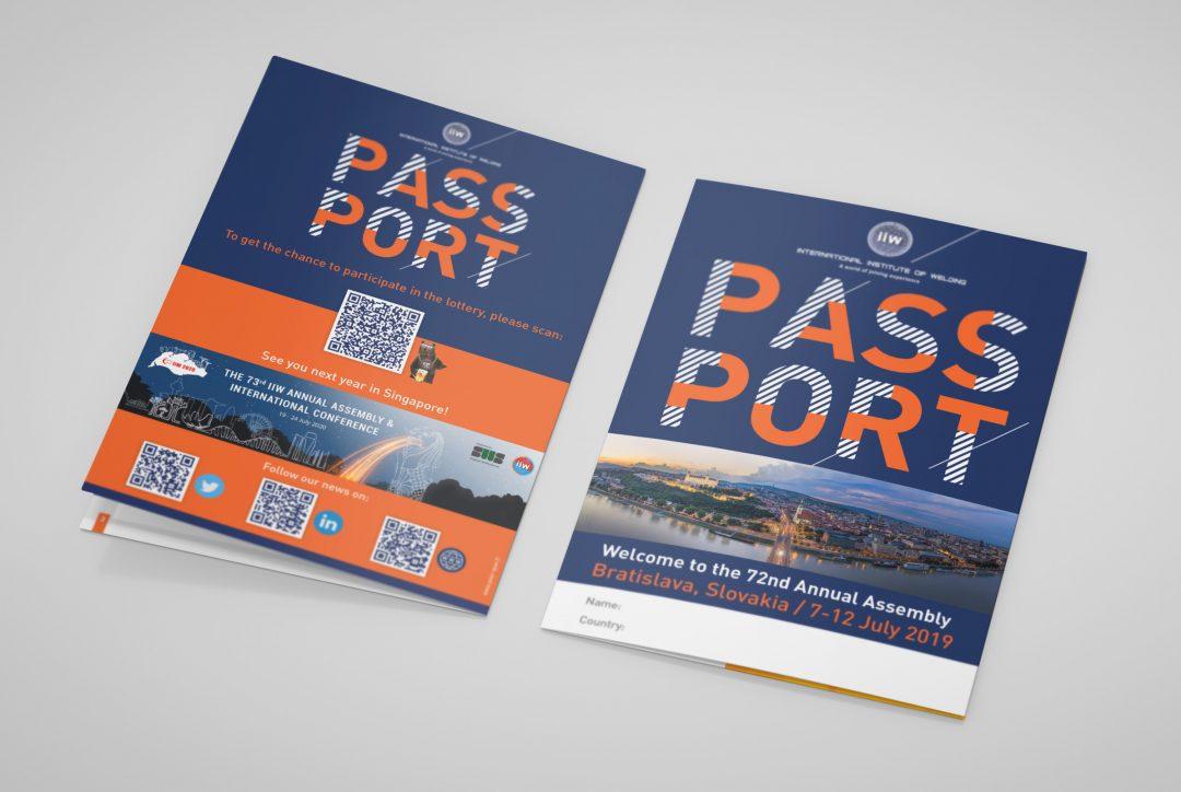 Graphiste à Avignon freelance -Plaquette passport IIW